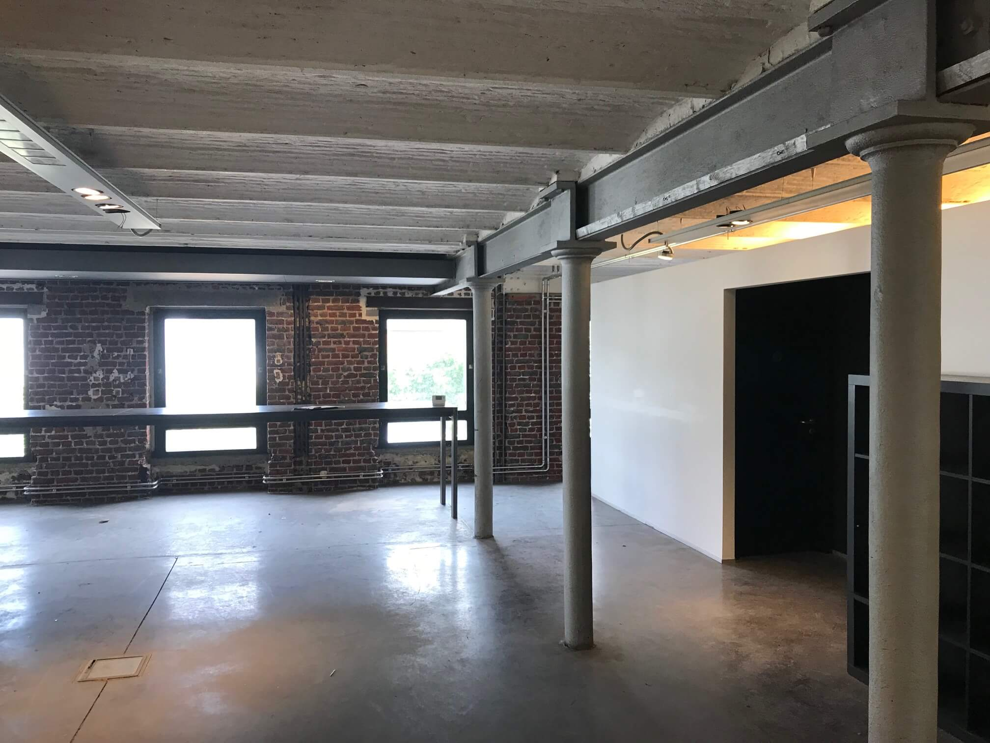 bureau-bricks-elec-galerie-electricite-vanhoyesprl