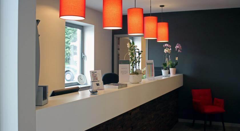 eclairage-accueil-galerie-electricite-vanhoyesprl