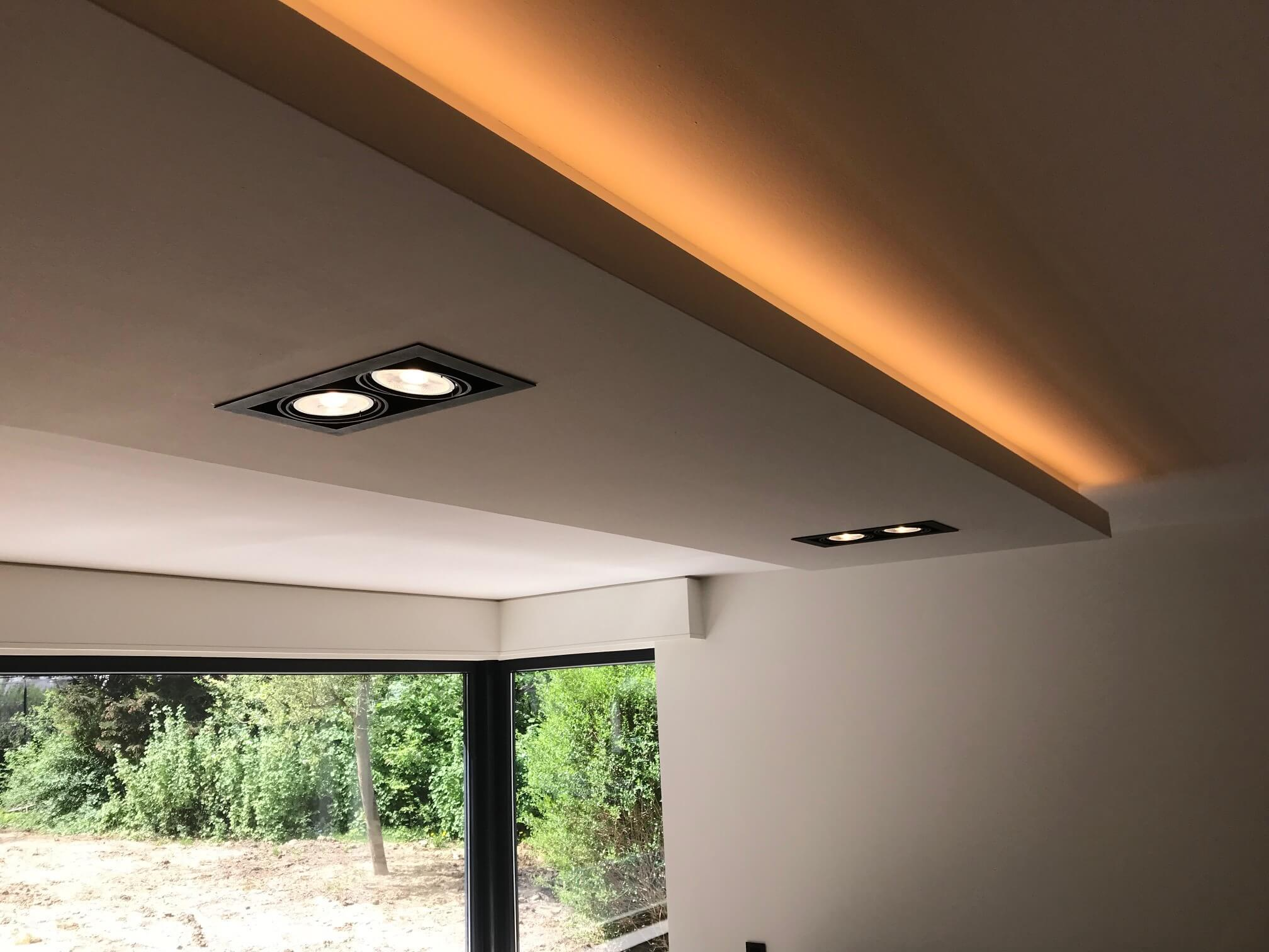 eclairage-int-jardin-galerie-electricite-vanhoyesprl