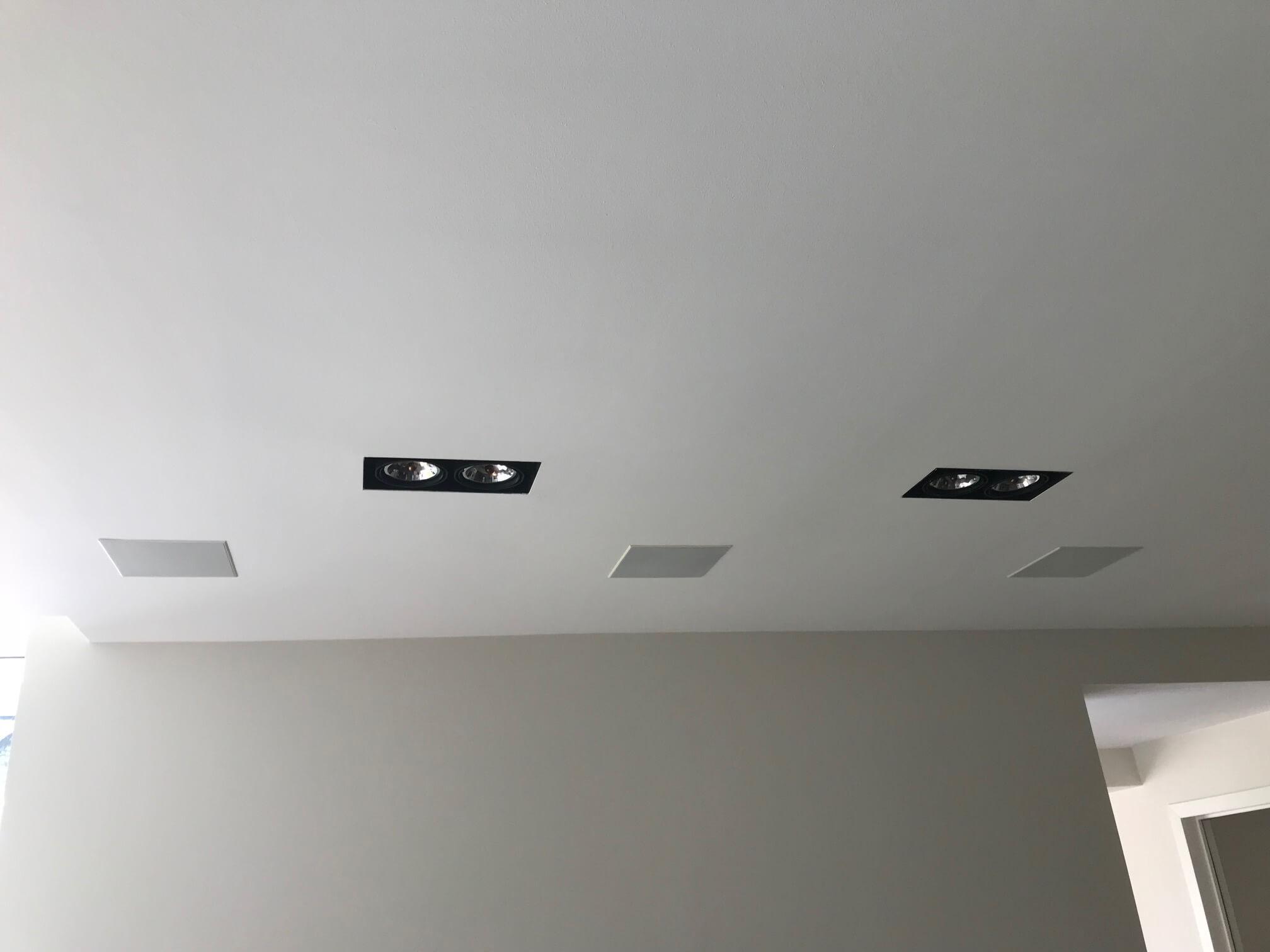 eclairage-int-mur-galerie-electricite-vanhoyesprl