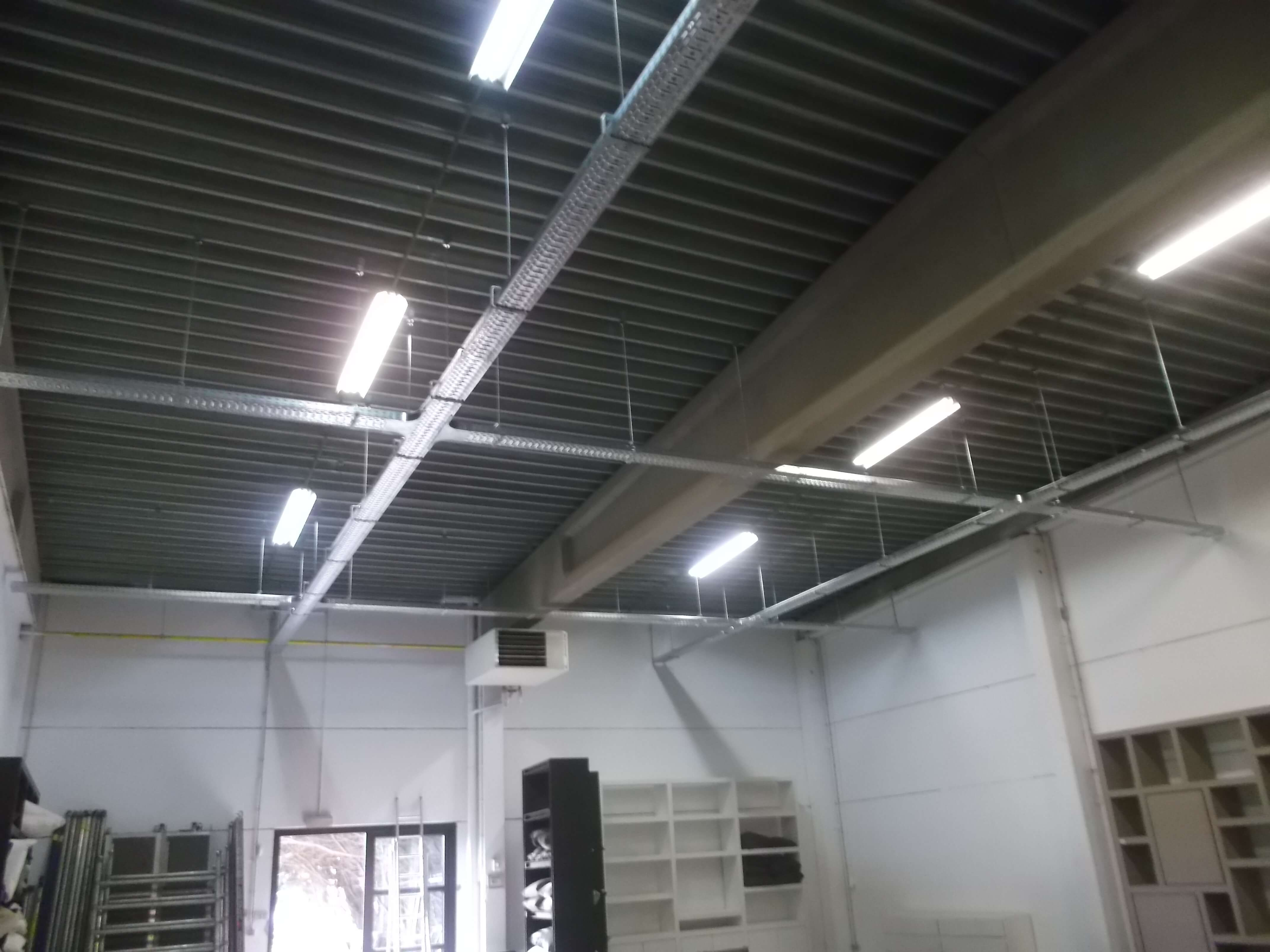 white-light-galerie-electricite-vanhoyesprl